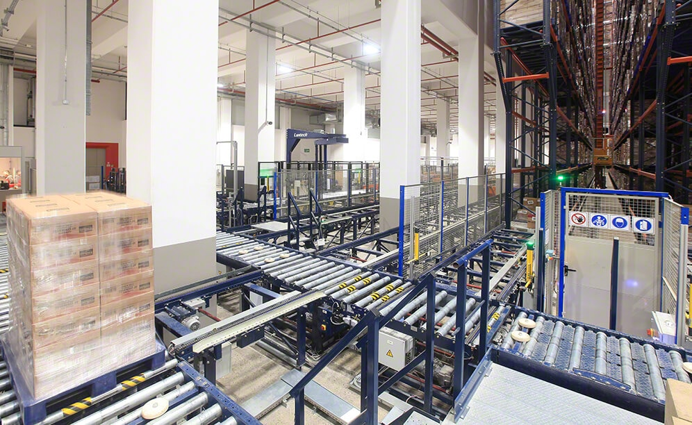 Tadim's automated warehouse with dried fruits and nuts in Turkey