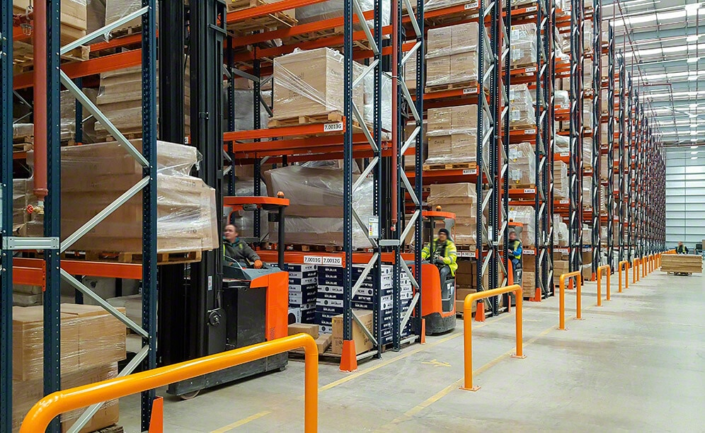 Mecalux has supplied pallet racking for DFS and Dwell