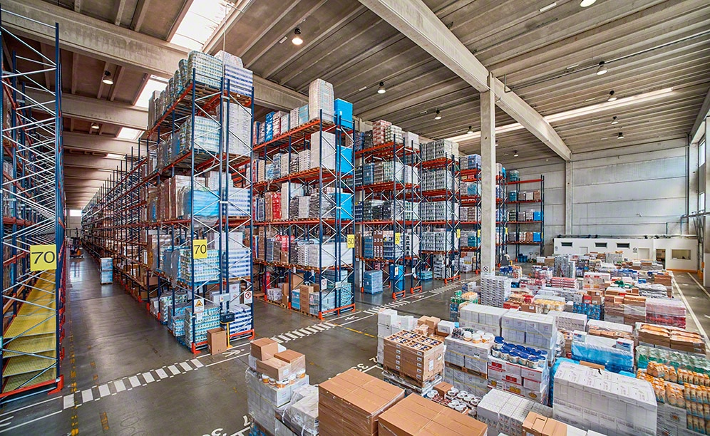 Mecalux has supplied pallet racking in the new warehouse Ekom owns in Italy