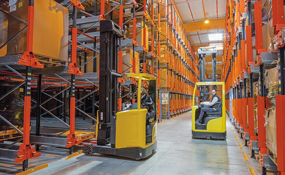 Cell 2: high-density racking with Pallet Shuttles