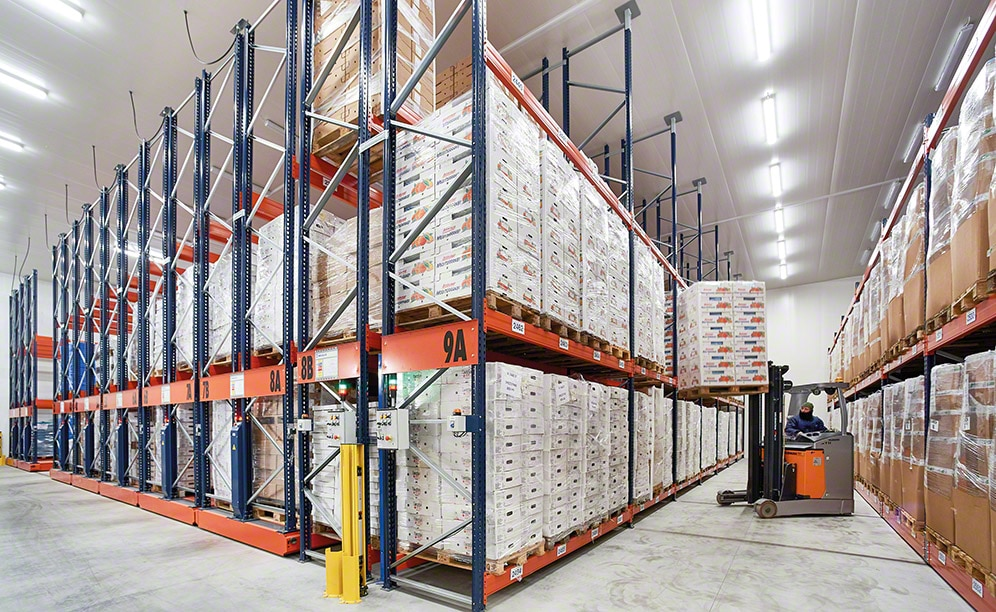 Frozen storage warehouse of Comag with Movirack mobile pallet racking