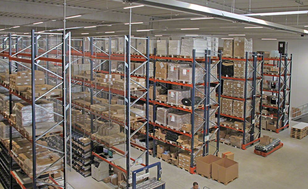 Mecalux set up the warehouse of Company 4 with pallet racks that provide a storage capacity of 2,253 pallets