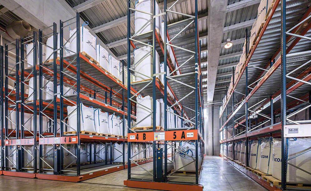 Two blocks of Movirack mobile racking with capacity for 1,697 pallets