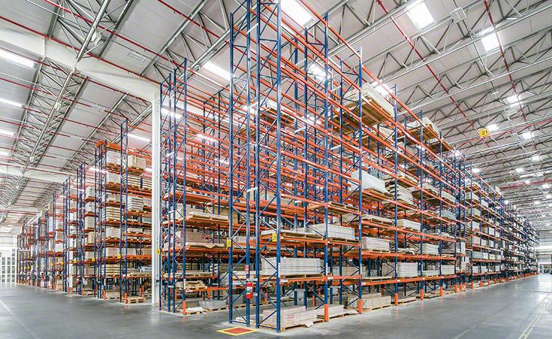 Pallet racks offer this business an extremely versatile solution that slots any type of unit load, with differing weights and volumes