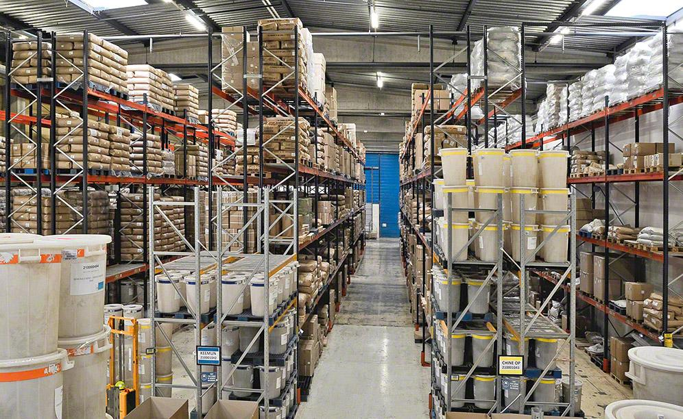 The warehouse that houses the tea of Dammann Frères