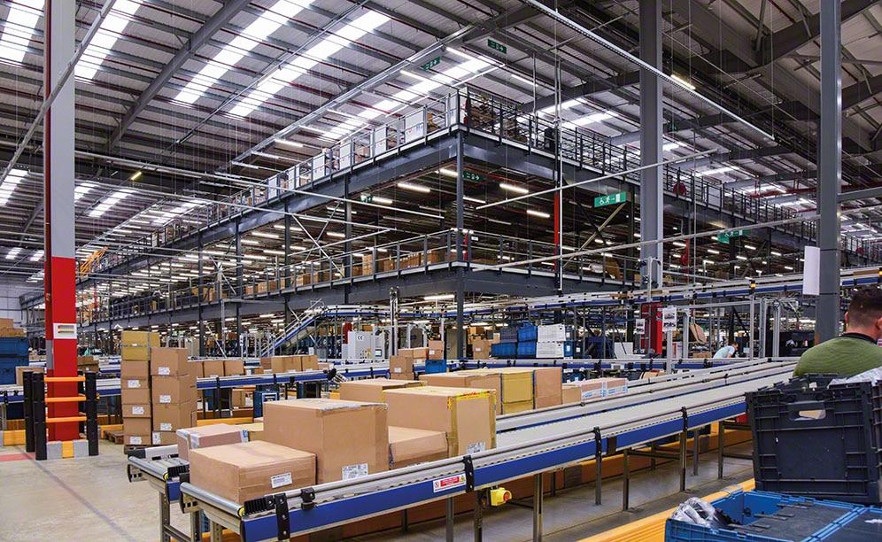 Decathlon omnichannel warehouse in Northampton (United Kingdom)