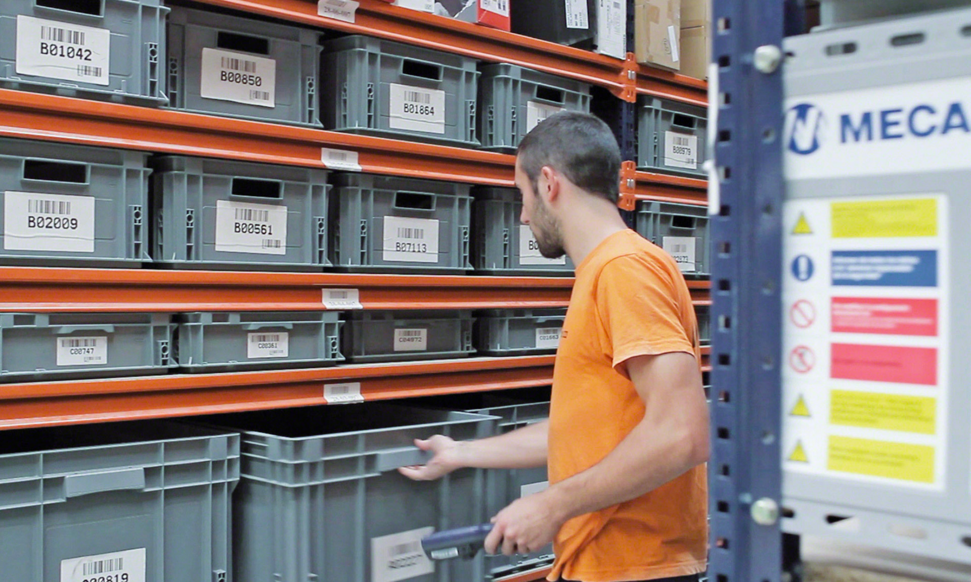 Warehouse management software of Tradeinn in Spain - Mecalux.co.uk