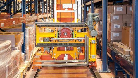 Mecalux keeps the logistics operator Disalfarm in action