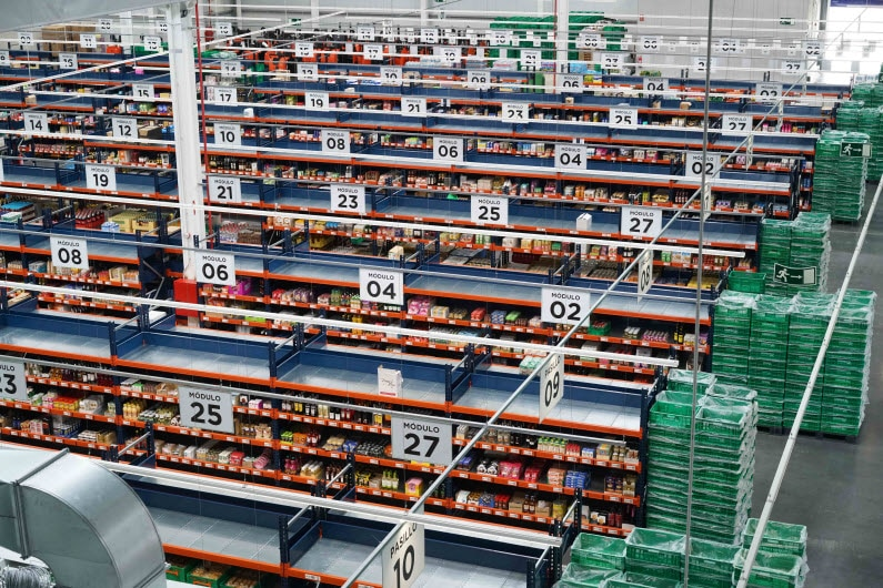 Mercadona's warehouse with picking shelves