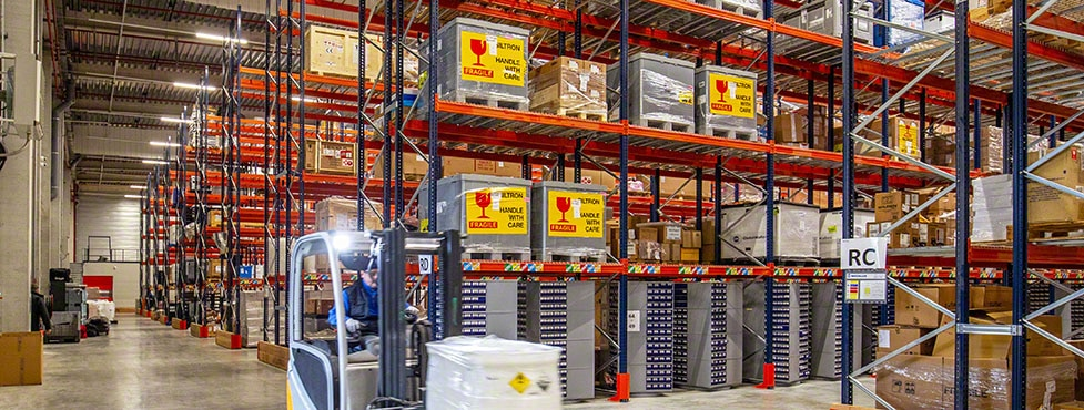 Ectra's electrical components and chemical products warehouse in France
