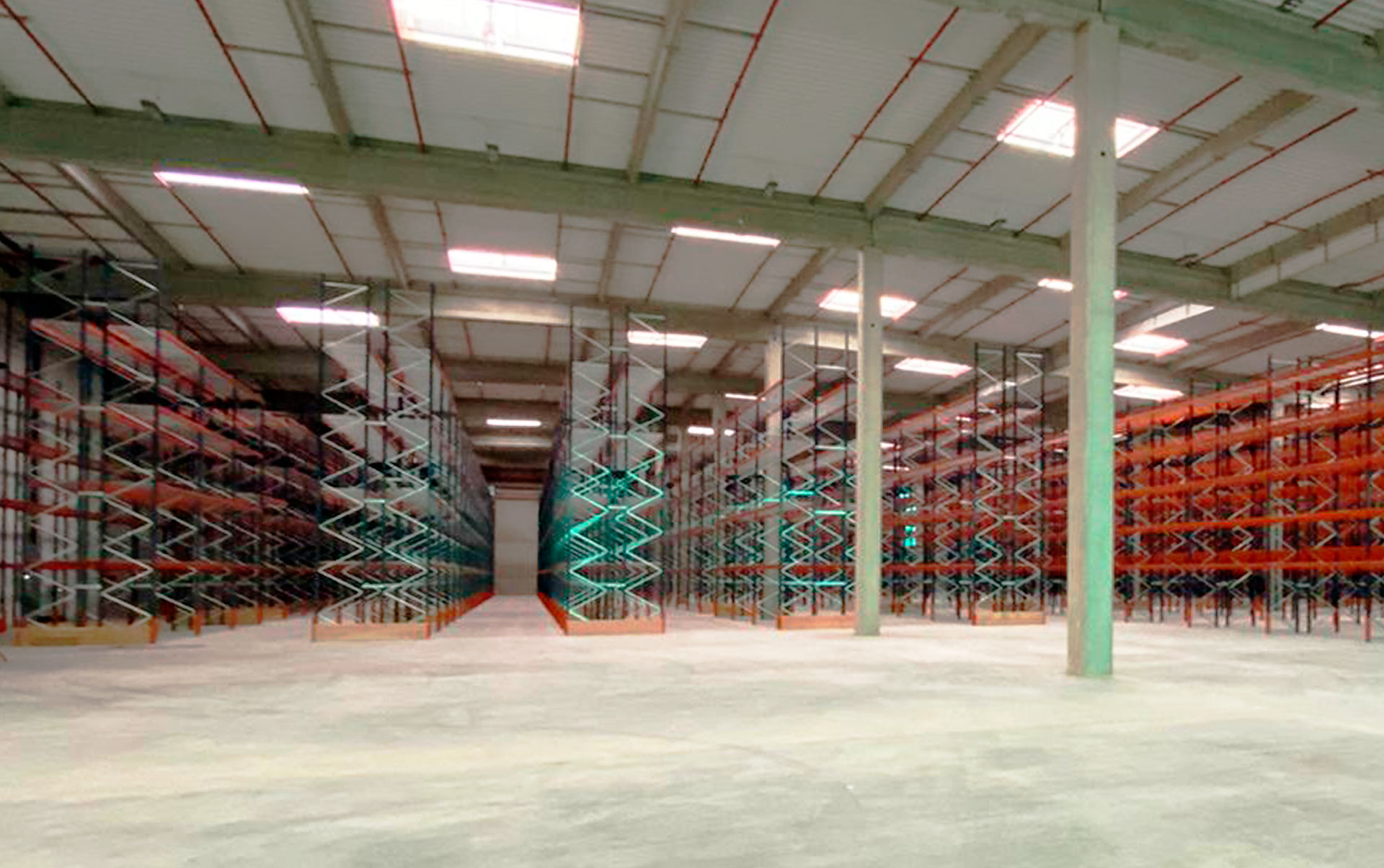 Téréva's warehouse in France has a capacity for over 23,500 pallets