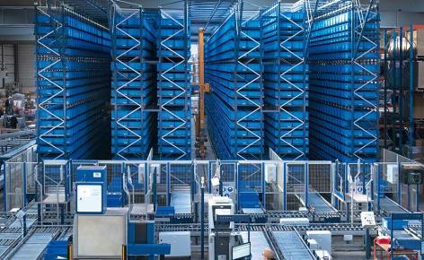 Sam Outillage: A high-throughput warehouse