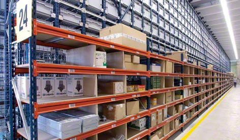 M7 Heavy Duty Shelving