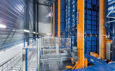 Mecalux has installed an automated miniload warehouse with a capacity of 15,872 boxes for MGA