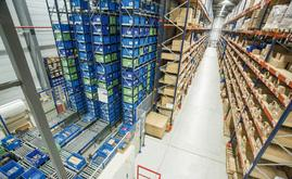 The Diager warehouse is capable of storing 7,200 boxes and more than 1,800 pallets