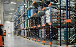 The compact pallet racking allocated to medium and low turnover products