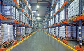 The SLVA warehouse can store a total of 7,424 pallets in an area of 2,829 m²
