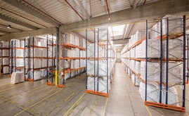 The new 11,000 m2 warehouse with a capacity that exceeds 10,000 pallets of various sizes