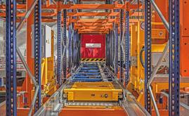The automatic Pallet shuttle use stacker cranes as its primary transport equipment