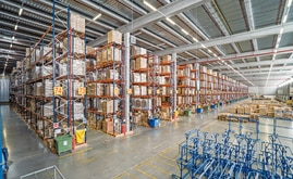 DHL warehouse equipped with conventional pallet racking is able to store more than 90,000 pallets