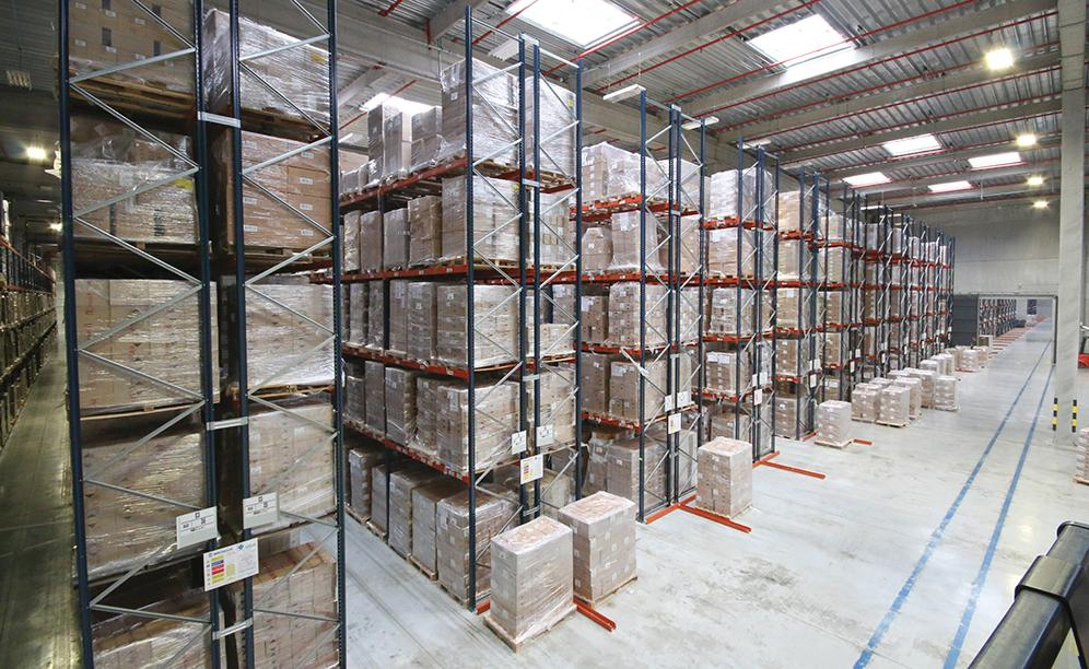 The SAGA warehouse can accommodate more than 42,000 pallets